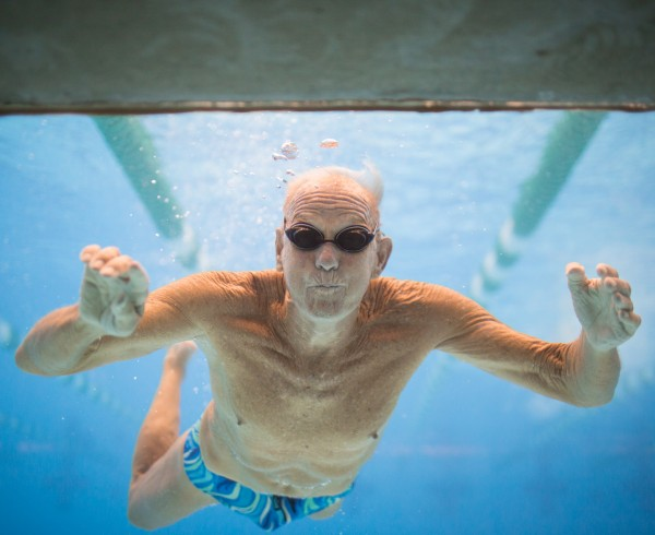 AvaDent Elderly man swimming